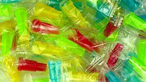 Bayli Lot de 100 embouts jetables pour narguilé – Pour pipe à eau – Multicolore – 3 cm de long – Diamètre extérieur : 14 mm – Embout de tuyau pour Hookah – Embout en plastique pour tuyaux de narguilé